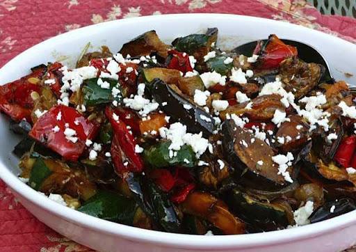 پخت خوراک سبزیجات مدیترانه ای